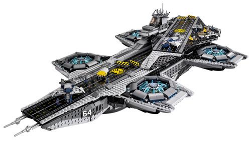 Lego-Avengers-Helicarrier-2